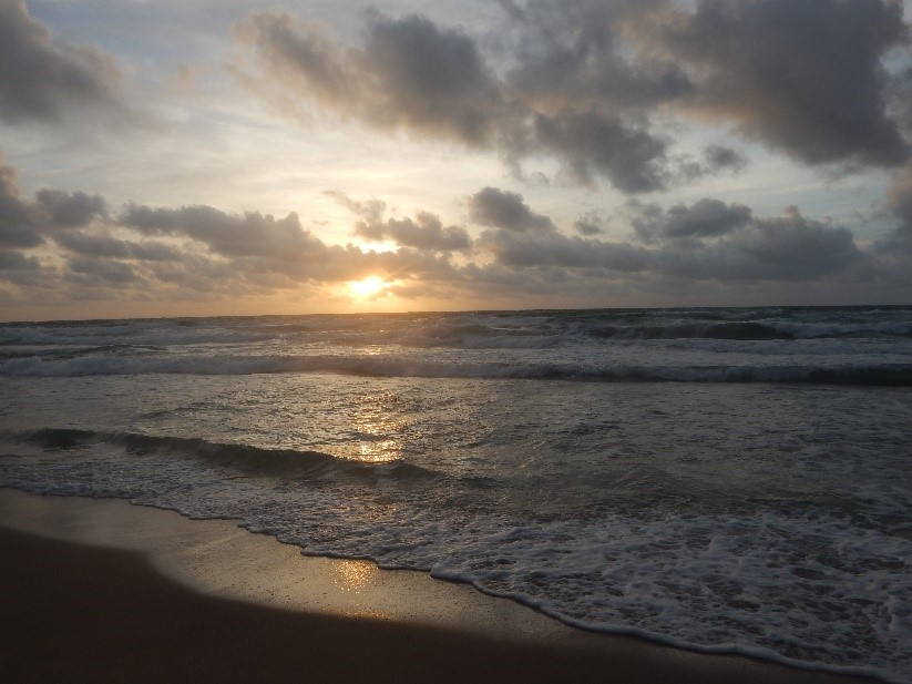 Sunrise over the ocean at Lantana Beach