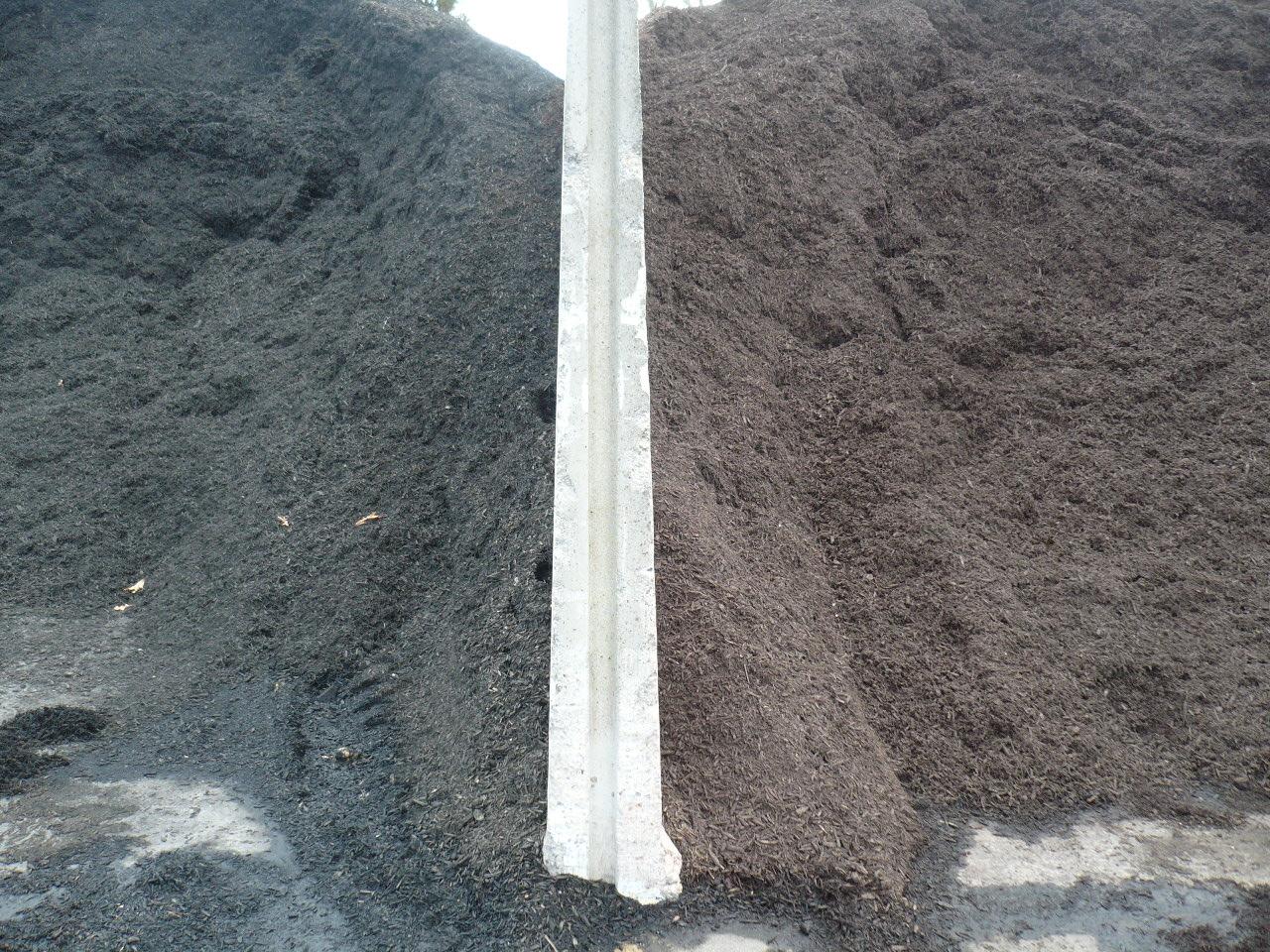 Black or Brown Wood Chips