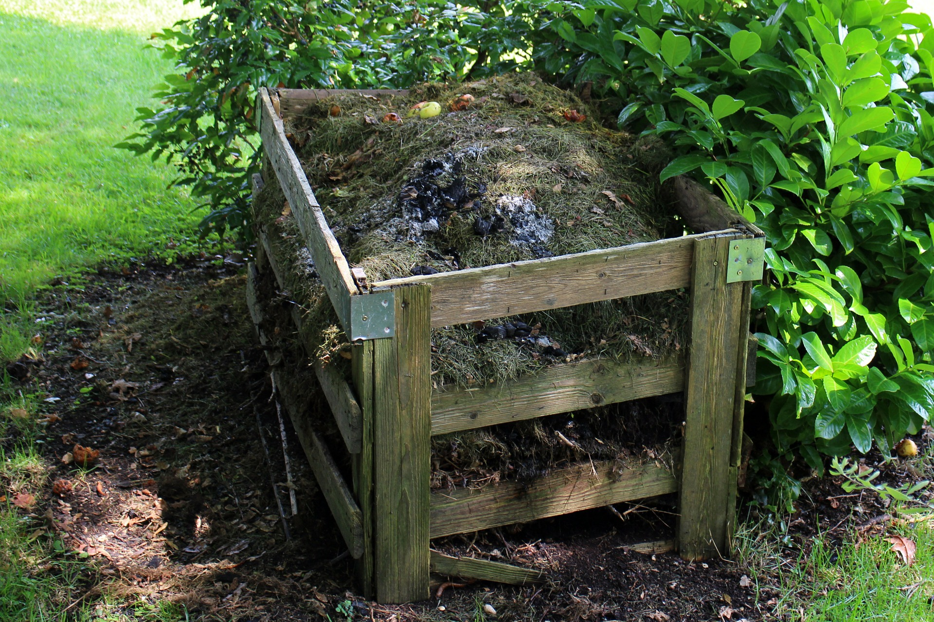 Example Home Compost Bin