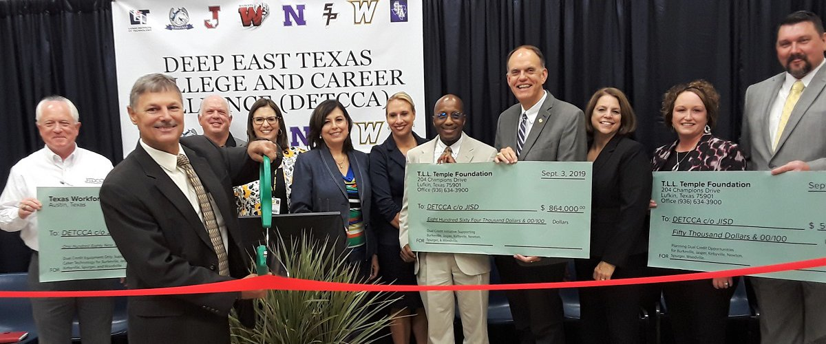 Check presentations for the Deep East Texas College and Career Alliance, also known as DETCCA, in Jasper County, September 4, 2019. : DETCCA is offering dual credit, associate degree, and CTE courses to high school students from Jasper, Newton, Burkeville, Kirbyville, Woodville and Spurger independent school districts. CTE courses include CNA, Welding and Cyber Tech. The Alliance partners include the school districts, Lamar Institute of Technology and Stephen F. Austin University.